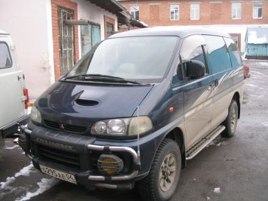 Mitsubishi Delica 1996 отзыв автора | Дата публикации 09.11.2005.