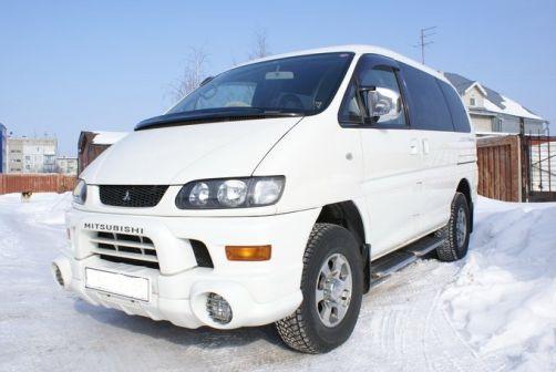 Mitsubishi Delica 2003 - отзыв владельца
