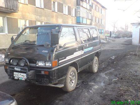 Mitsubishi Delica 1989 - отзыв владельца
