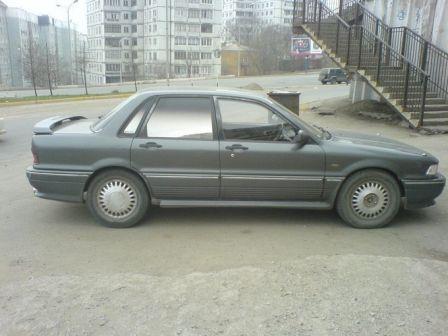 Mitsubishi Galant 1990 - отзыв владельца