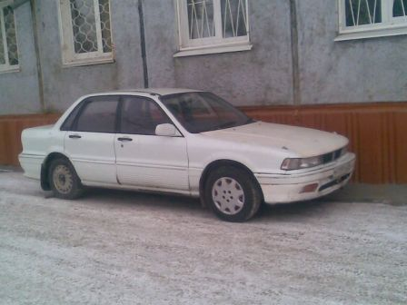 Mitsubishi Galant 1989 - отзыв владельца