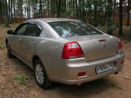 Mitsubishi Galant 2006 - отзыв владельца