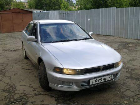 Mitsubishi Galant  - отзыв владельца