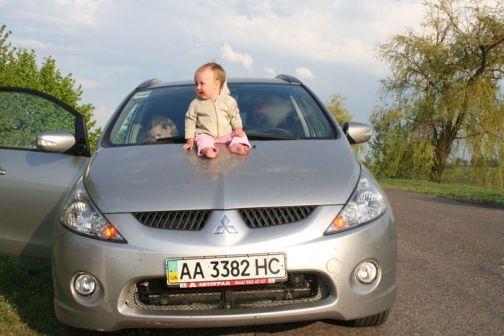 Mitsubishi Grandis 2008 - отзыв владельца