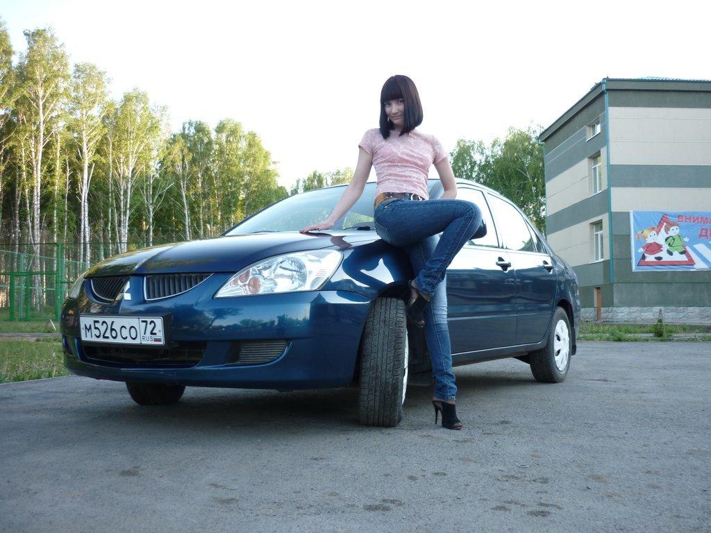 митсубиси лансер 10 с правым рулем фото