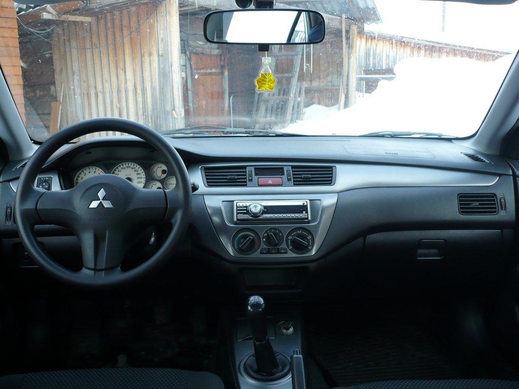 мицубиси лансер 2006 года фото
