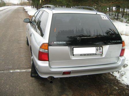 Mitsubishi Lancer 1997 - отзыв владельца