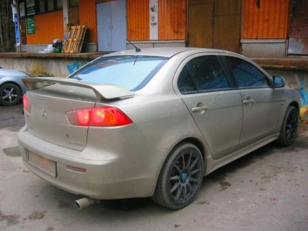 Mitsubishi Lancer 2008 - отзыв владельца