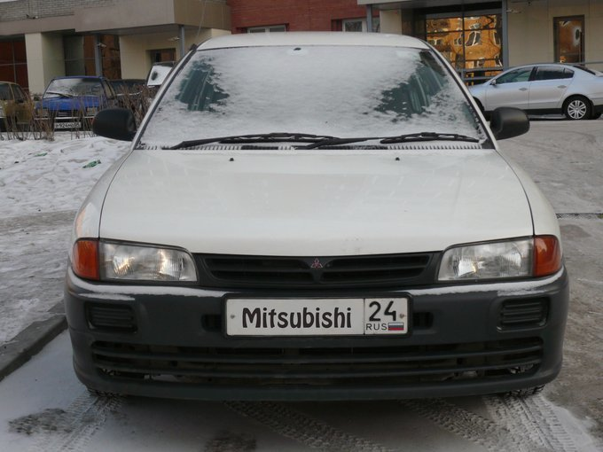 митсубиси либеро-4g15 1999года