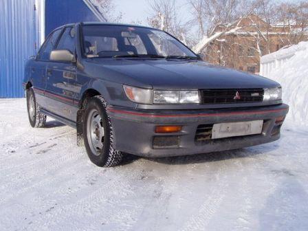 Mitsubishi Mirage 1989 - отзыв владельца