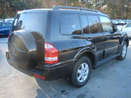 Mitsubishi Montero 2005 - отзыв владельца