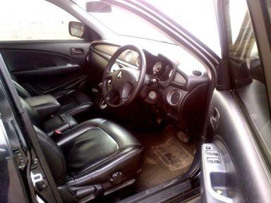 Mitsubishi Outlander, 2004