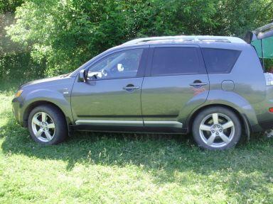 Mitsubishi Outlander, 2009