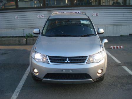 Mitsubishi Outlander 2006 - отзыв владельца
