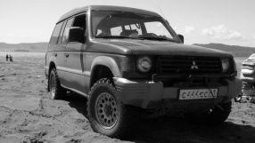 Mitsubishi Pajero, 1992