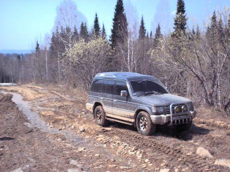 Mitsubishi Pajero 1991 - отзыв владельца