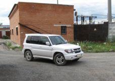 Mitsubishi Pajero iO, 2003