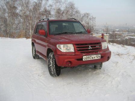 Mitsubishi Pajero iO 2002 - отзыв владельца
