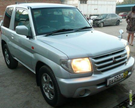 Mitsubishi Pajero iO 2001 - отзыв владельца