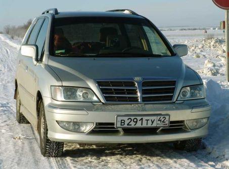 Mitsubishi Savrin 2003 - отзыв владельца