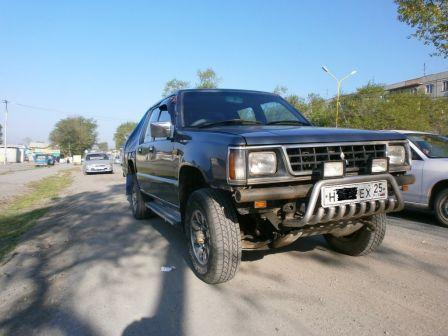 Mitsubishi Strada 1993 - отзыв владельца