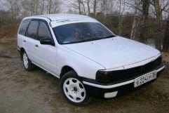 Nissan AD, 1992
