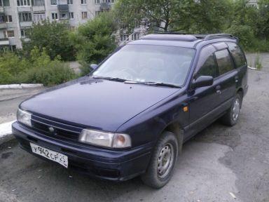 Nissan AD, 1995
