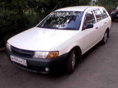 Nissan AD, 2000