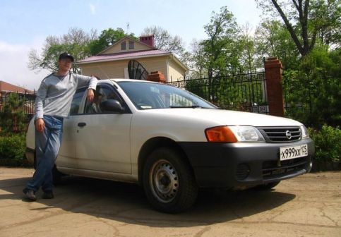 Nissan AD 2002 - отзыв владельца