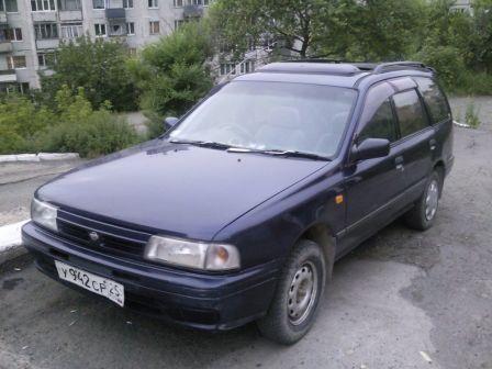 Nissan AD 1995 - отзыв владельца