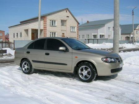 Nissan Almera 2004 - отзыв владельца