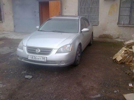 Nissan Altima 2002 - отзыв владельца