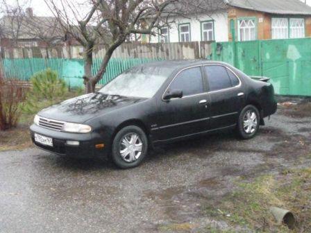 Nissan Altima 1994 - отзыв владельца