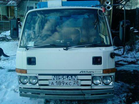 Nissan Atlas 1990 - отзыв владельца