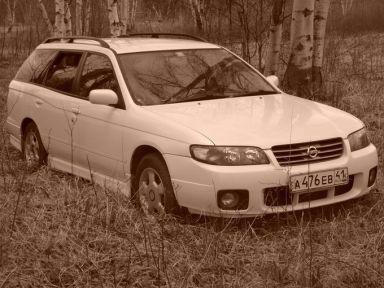 Nissan Avenir, 2003