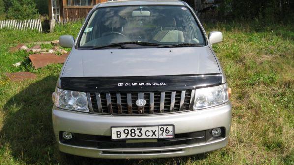 Nissan Bassara 2001 - отзыв владельца