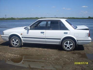 Nissan Bluebird, 1988