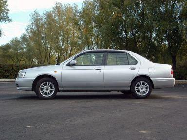 Nissan Bluebird, 1999