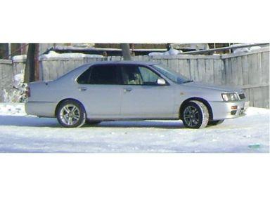 Nissan Bluebird, 1998
