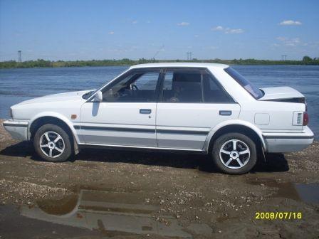 Nissan Bluebird 1988 - отзыв владельца