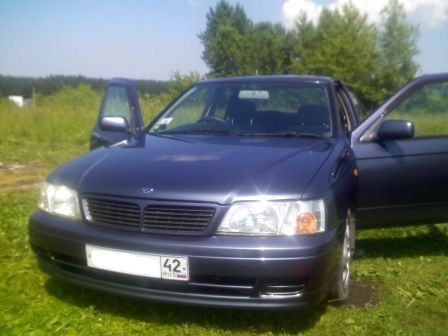 Nissan Bluebird 1998 - отзыв владельца