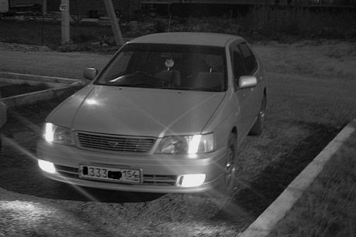 Nissan Bluebird 2000 - отзыв владельца