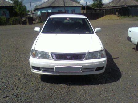 Nissan Bluebird 1999 - отзыв владельца