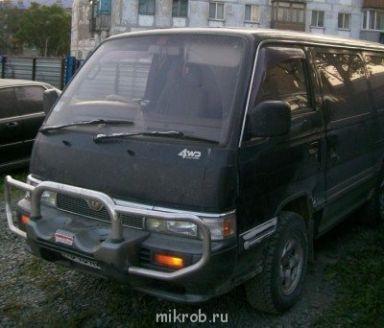 Nissan Caravan 1995 отзыв автора | Дата публикации 06.10.2011.