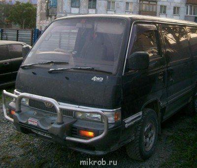 Nissan Caravan 1995 - отзыв владельца