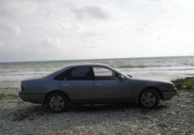 Nissan Cefiro 1991 отзыв автора | Дата публикации 03.11.2009.