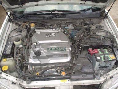 Nissan Cefiro, 1999