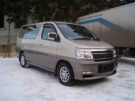 Nissan Elgrand 2002 - отзыв владельца