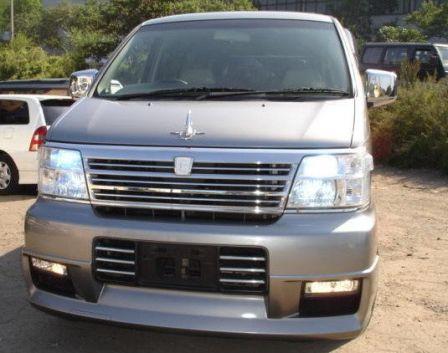 Nissan Elgrand 2000 - отзыв владельца