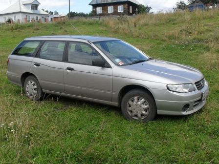 Nissan Expert 2002 - отзыв владельца